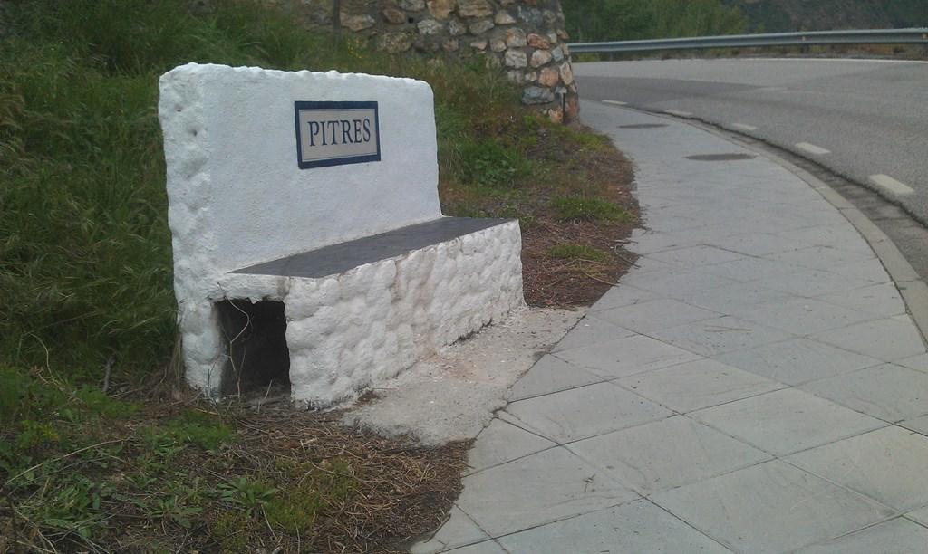 Pitres