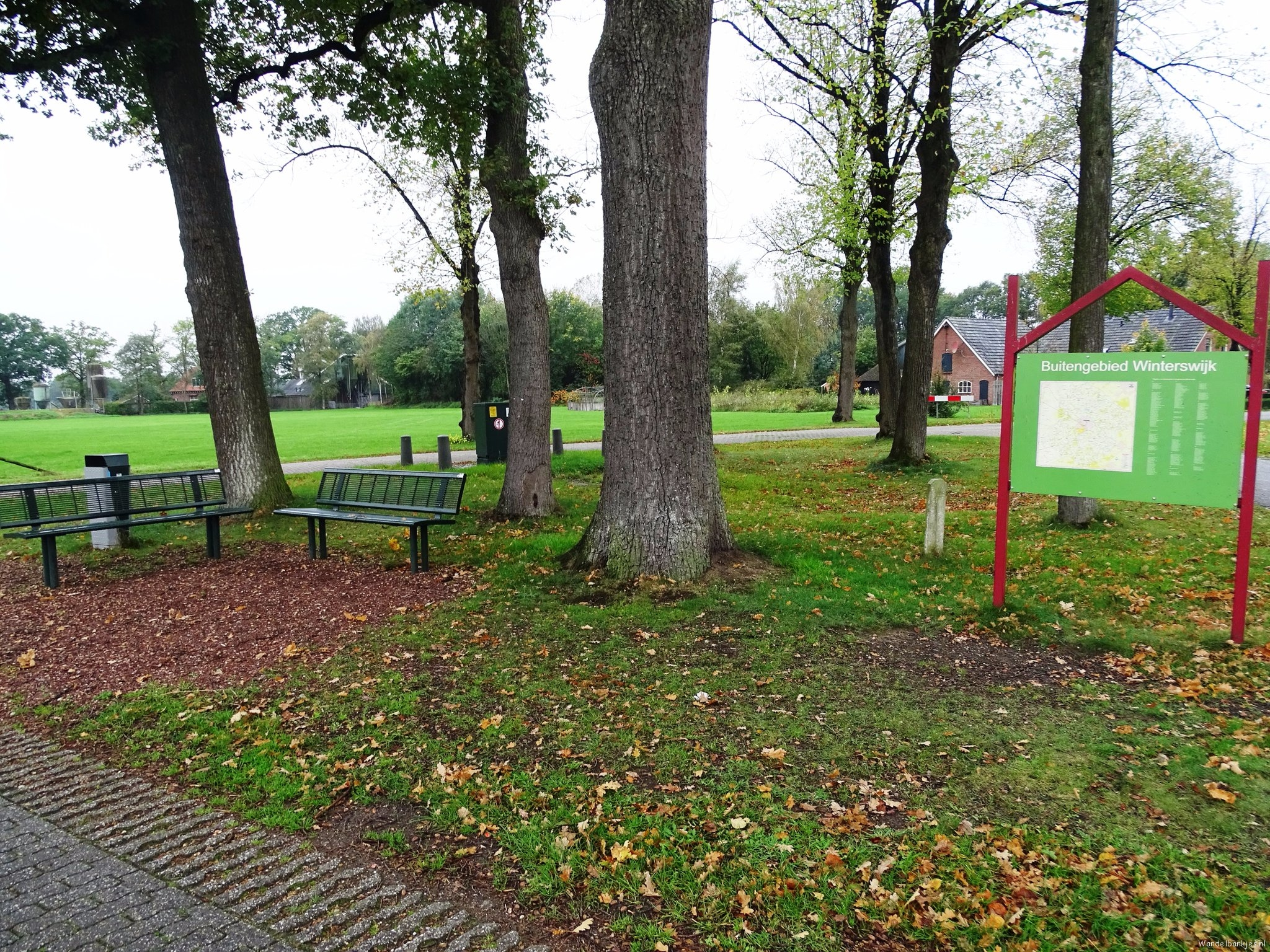 rt-jenjdevries-walking-benches-bench-along-the-plainspad-in-the-neighborhood-of-winterswijk-httpst-codptuu9yczi