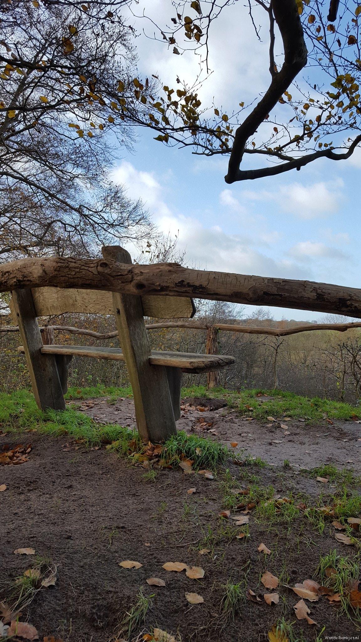 rt-simmajalis-walking-benches-vilsterenbankjesgenoeg -theekoepel-hermitcorkscrew-https-t-co-bgh3s7jbvz