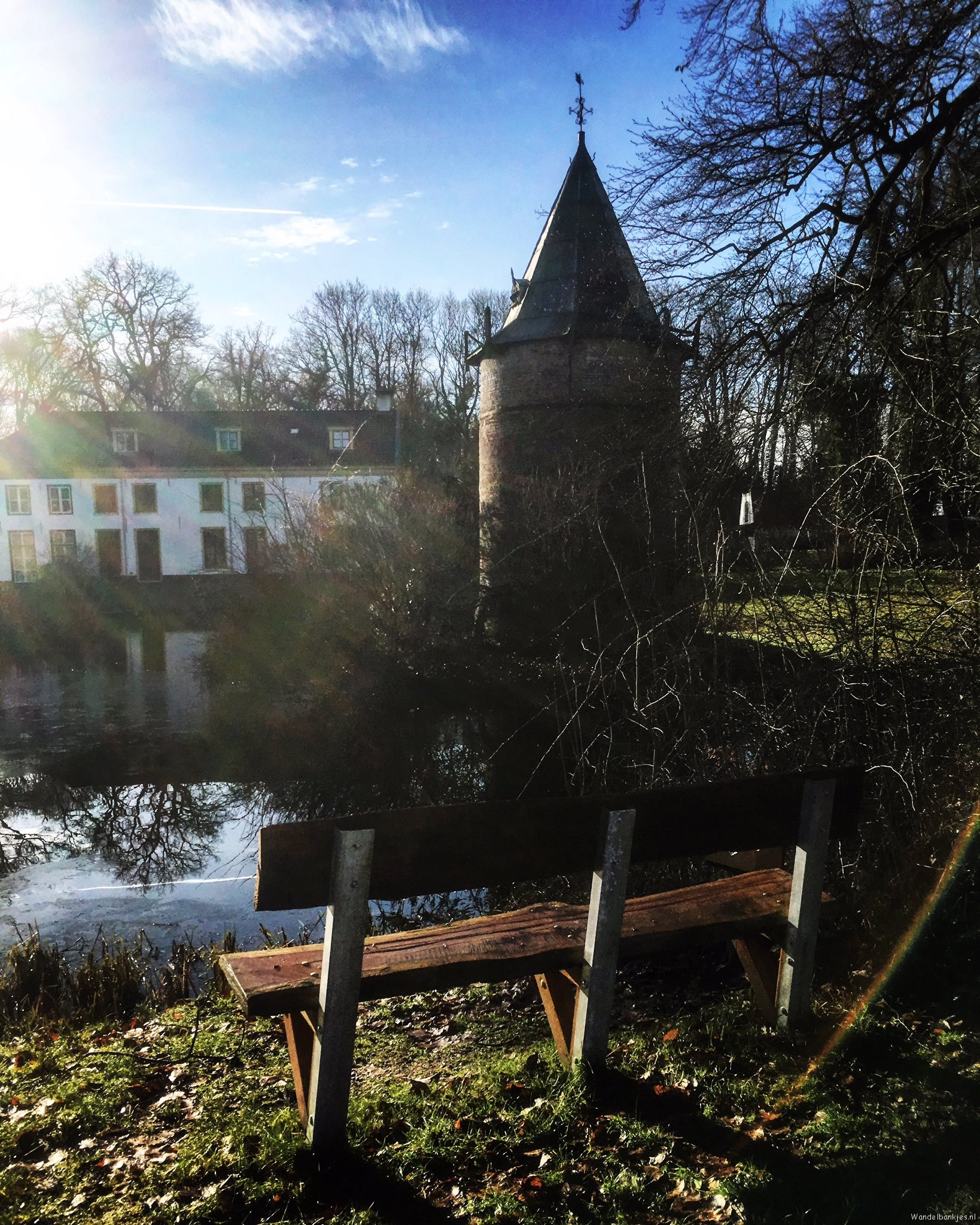 rt-tmowind-estate-wickenburgh-t-goy-gem-wooden-walking-benches-https-t-co-pw92kuwfpu
