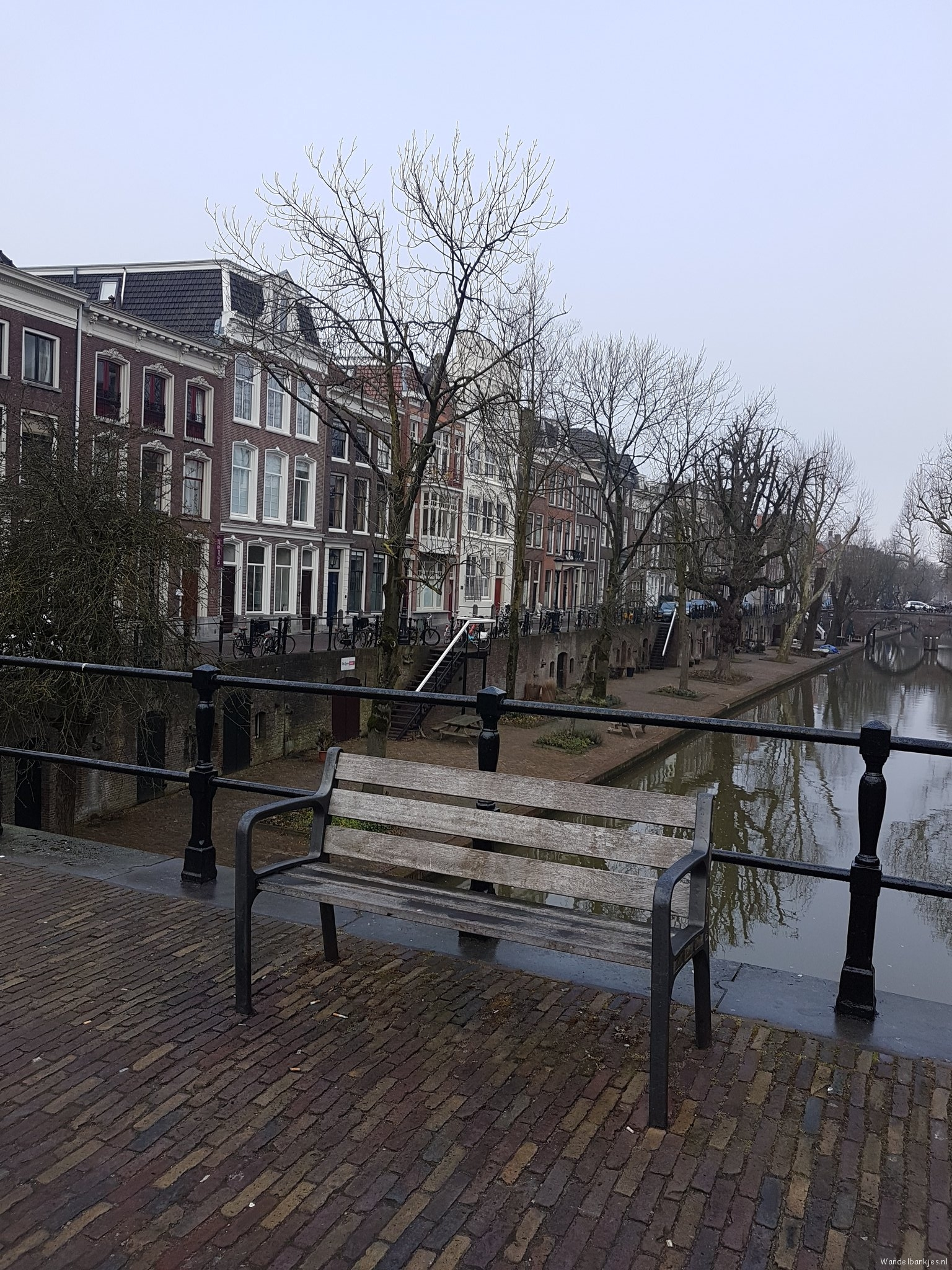 rt-taffy1973-walking-benches-geertebrug-utrecht-https-t-co-geyjtqkwlo