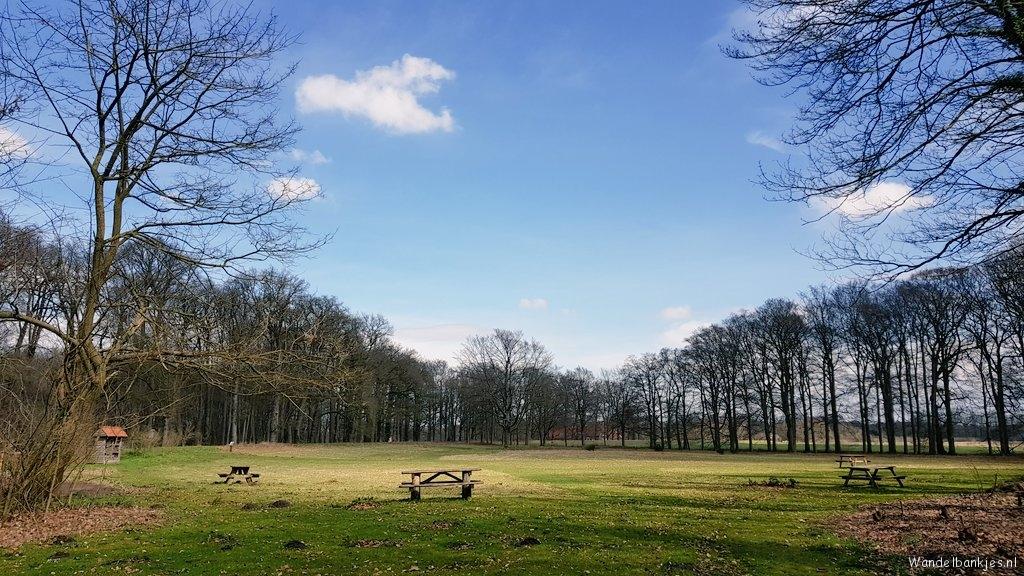 rt-wolfswanderplan-bij-de-haere-diepenveen-walking-benches-https-t-co-uy7prwsvjb