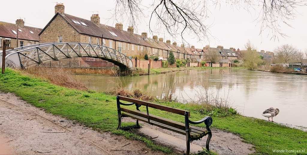rt-wolfswandelplan-oxford-and-the-thames-walking-benches-https-t-co-mczaz9muhb