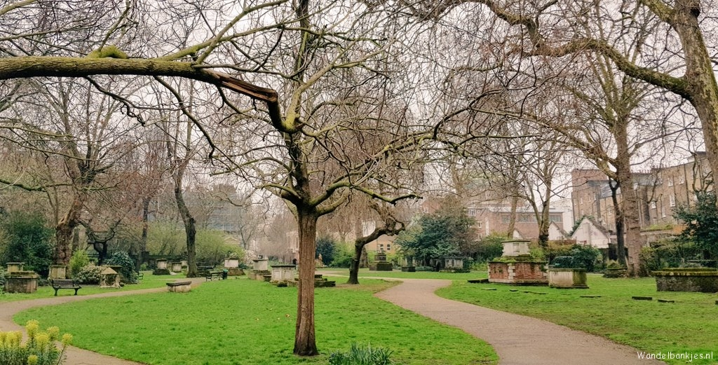 rt-wolfswandelplan-st-georges-gardens-london-camden-wandelbankjes-https-t-co-c8eioquzpd