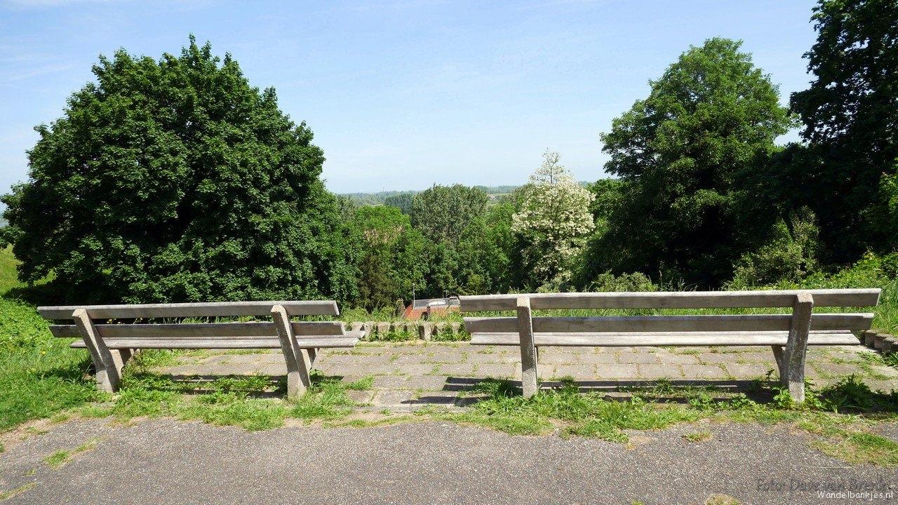 rt-davevanbrenk-walking-benches-on-the-batavierenweg-nijmegen-benches-https-t-co-nagdkacpyp