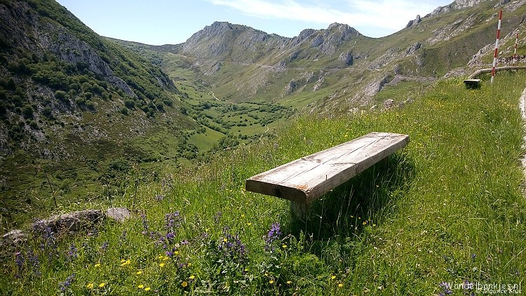 rt-maurice-stool-hikes-in-the-mountains-of-the-picos-de-europe-at-tresviso-cantabria-spain-https-t-co-gqu3gymph