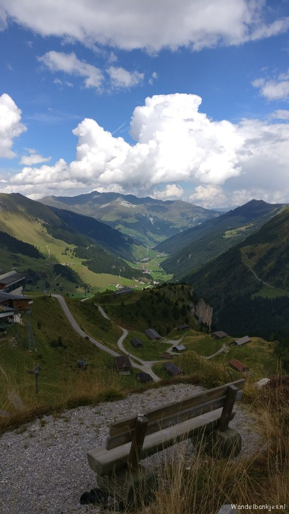rt-richelletet-wandelbankjes-hintertux-https-t-co-lhnjvwzvza