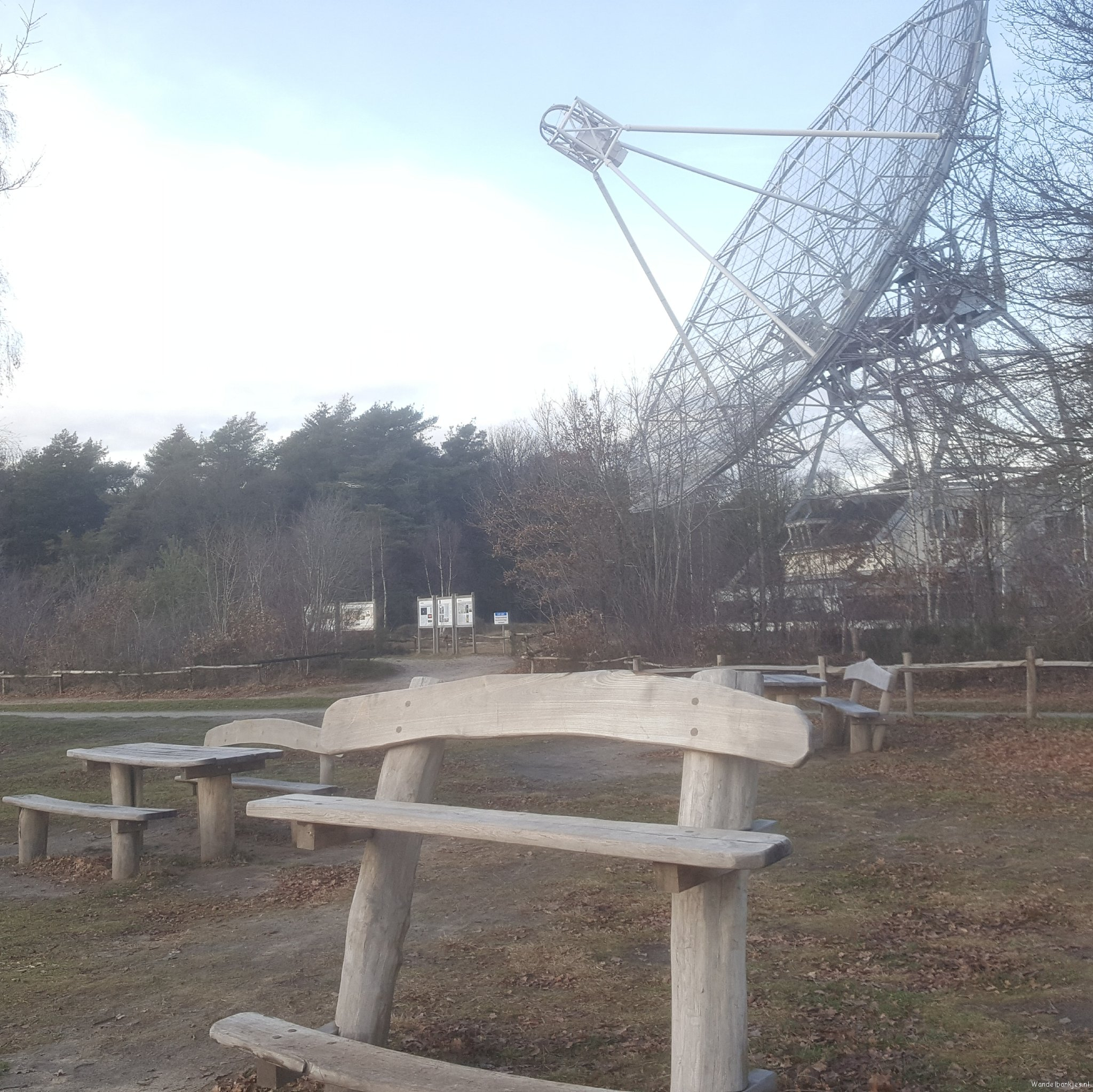 rt-safe-foot-walking-benches-near-radio-telescope-dwingelderveld-astron_en-https-t-co-mmva0iiqdo