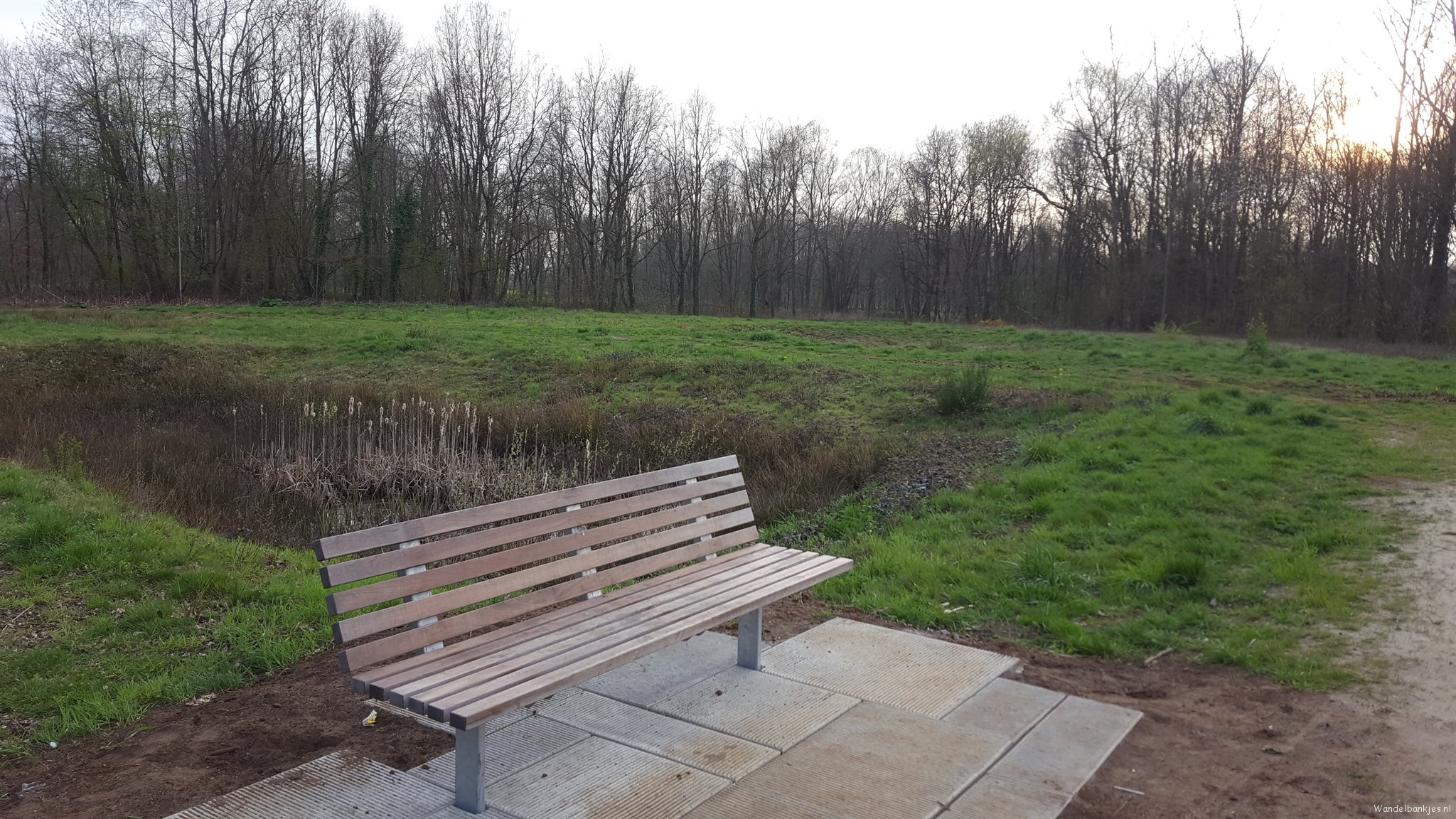 rt-third-and-half-new-walking benches-in-westmeerbeek-gem_hulshout-https-t-co-and 54ha4dhh