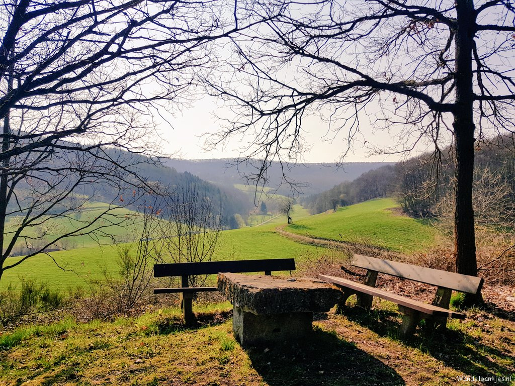 rt-wolf-walking-plan-red-in-hessen-walking benches-https-t-co-qykzkmf0ra