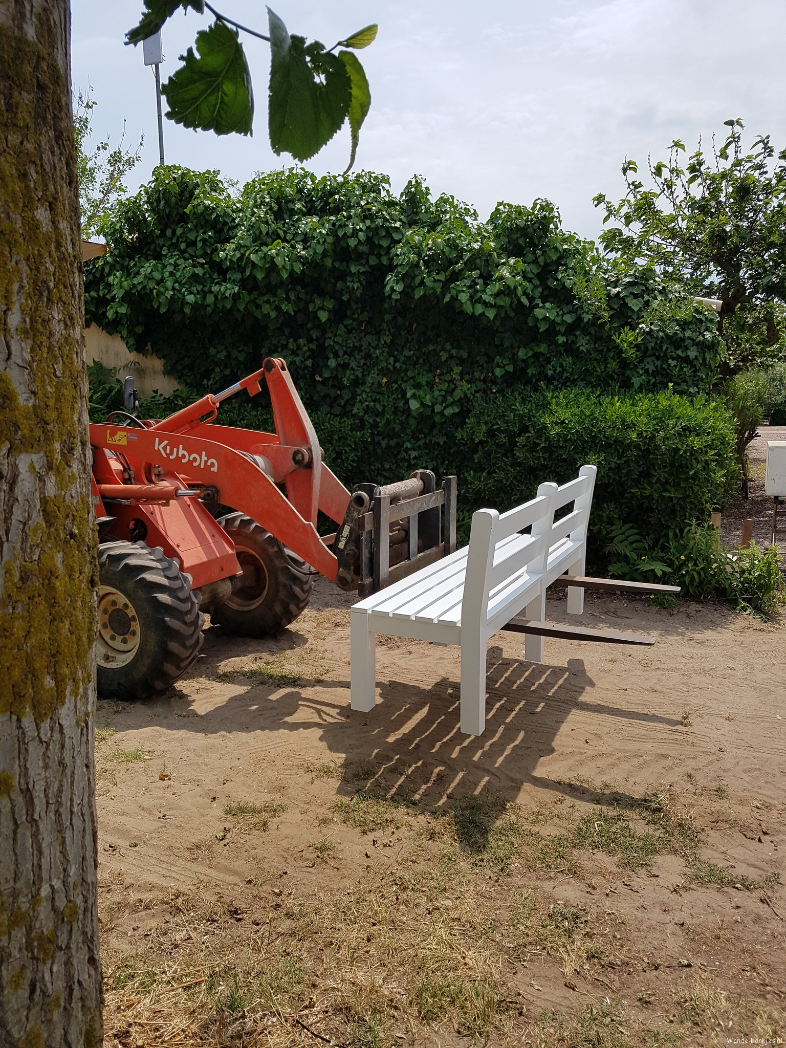rt-gertdewit-walking benches-in-the-making-marseillan-plage-france-https-t-co-qbqti0fjrv