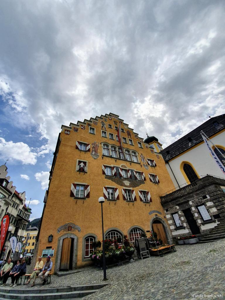 rt-wolfswandelplan-rathaus-in-kufstein-osterreich-wandelbankjes-https-t-co-wwfwj0vo14