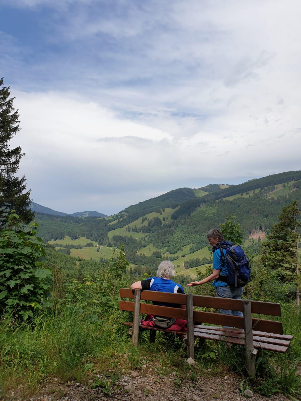 rt-iseevens-barenmoosalpe-pfronten-allgau-bayern-wandelbankjes-https-t-co-azhygr5tet