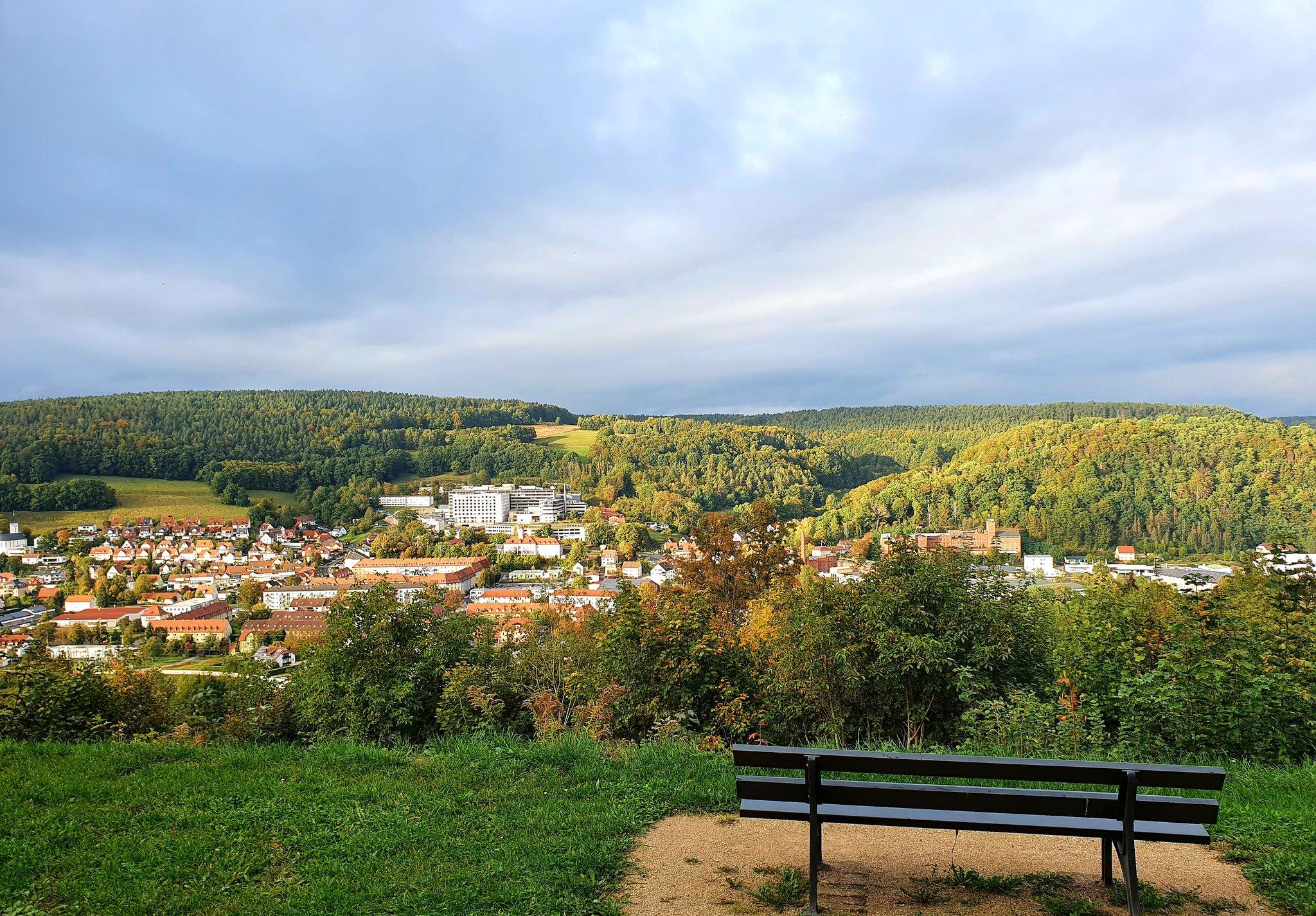 rt-wolfswandelplan-zicht-op-stadt-kulmbach-wandelbankjes-https-t-co-zfsyxymcdg