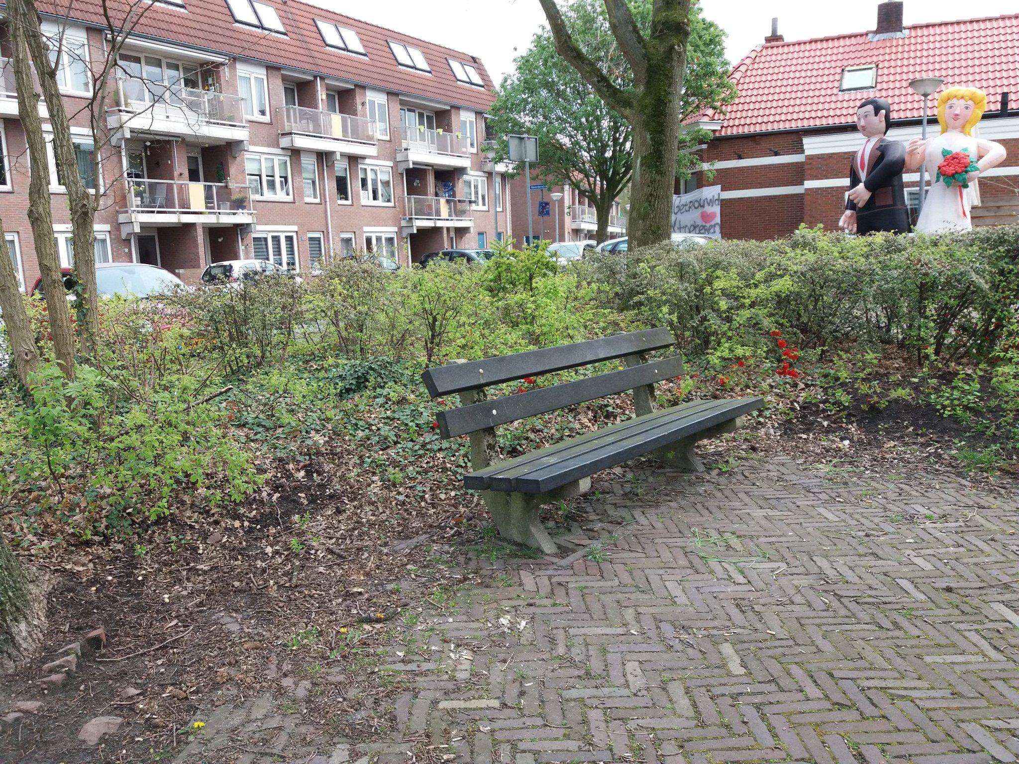 rt-wandelenmetwar-wandelbankjes-te-winschoten-parkeerplaats-olieslagerstraat-https-t-co-bqwxfggdor