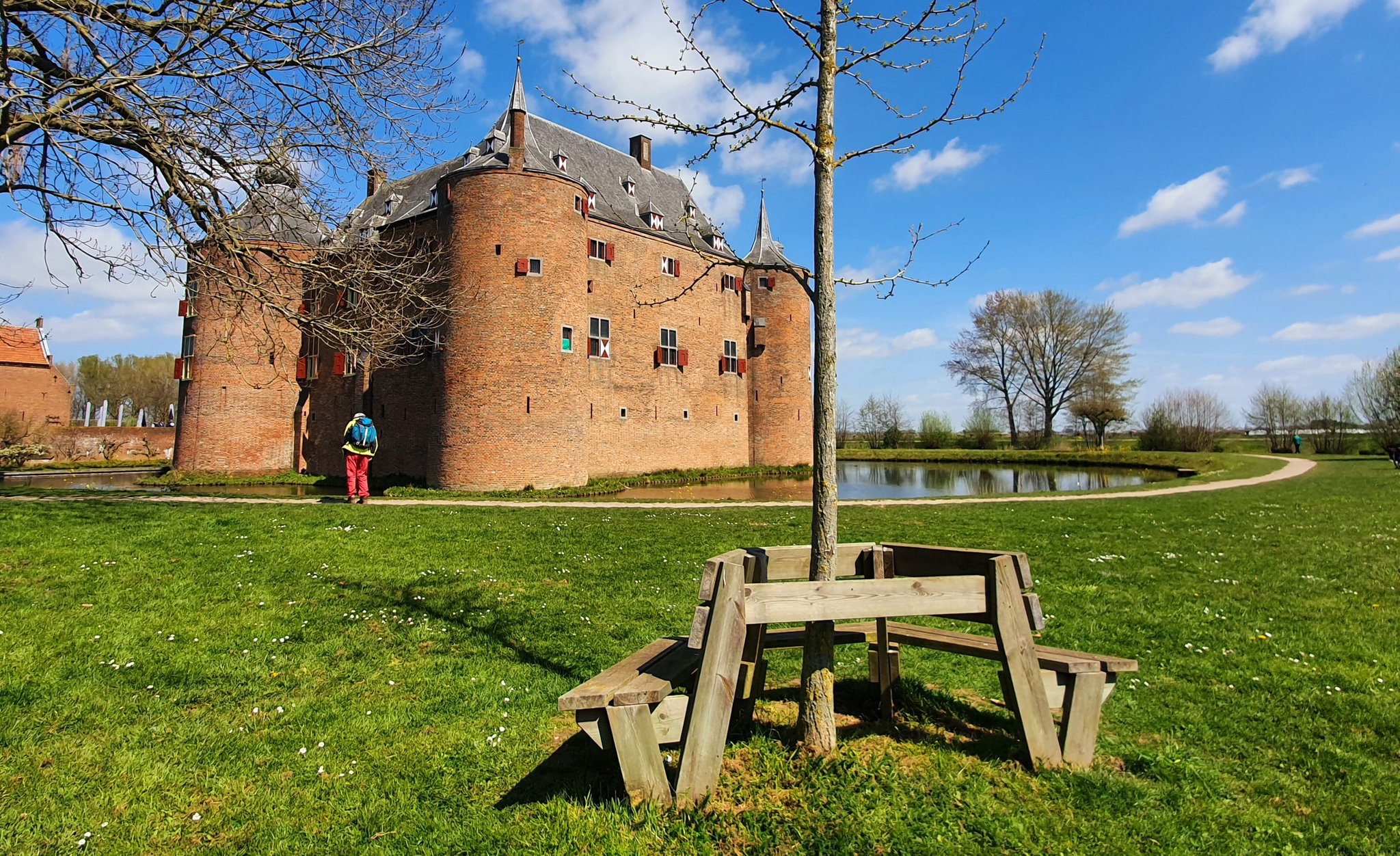 rt-wolfswandelplan-kasteel-ammersooyen-wandelbankjes-https-t-co-lzmtrsqcln