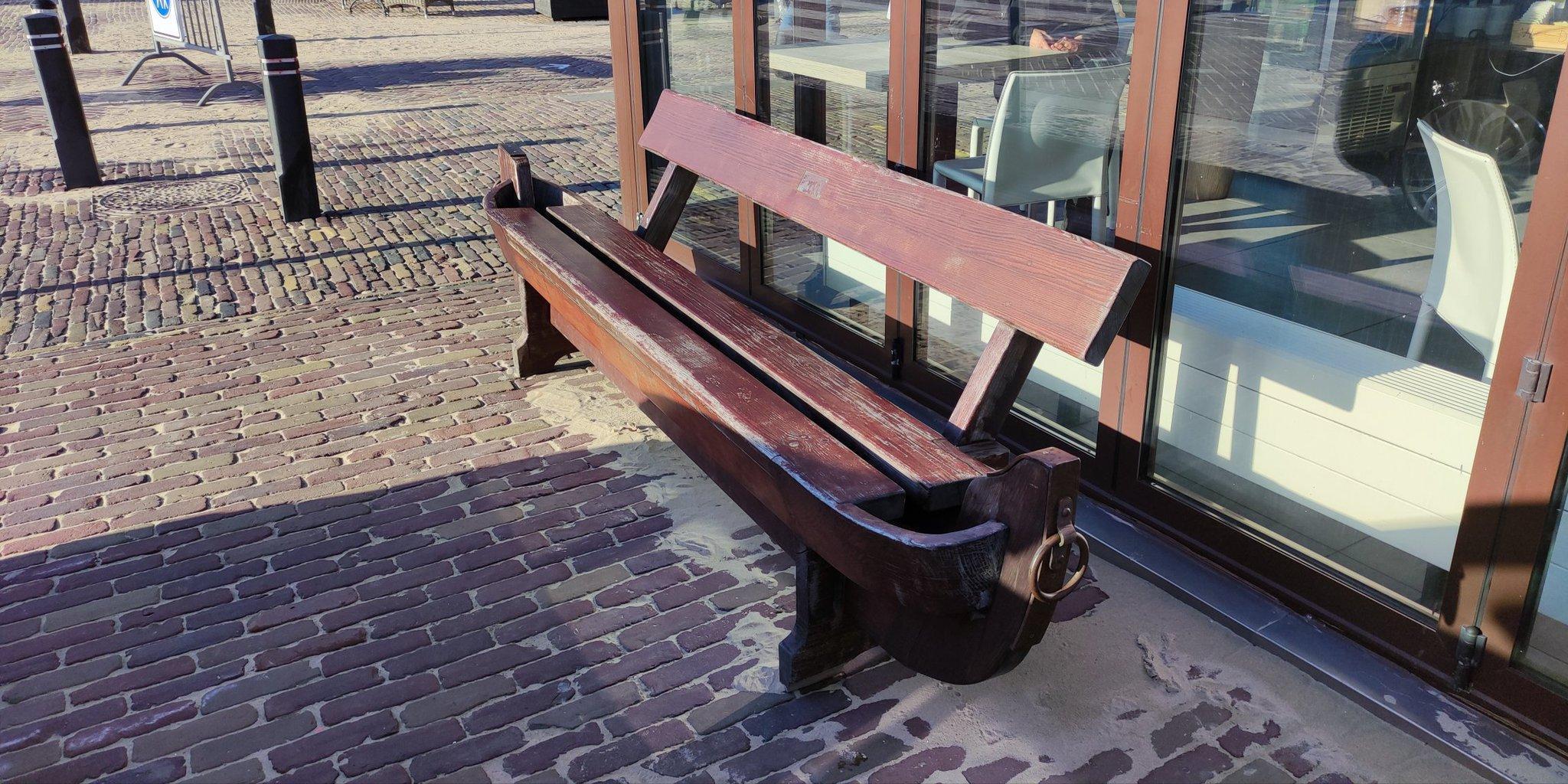 rt-bouncerbobb-wandelbankjes-karingibcus-leuk-bankie-egmond-aan-zee-https-t-co-tvryiurjgy